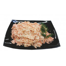 Morkų česnakų salotos